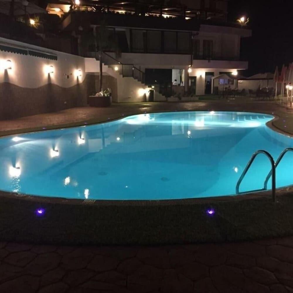 Hotel Pineta Castello