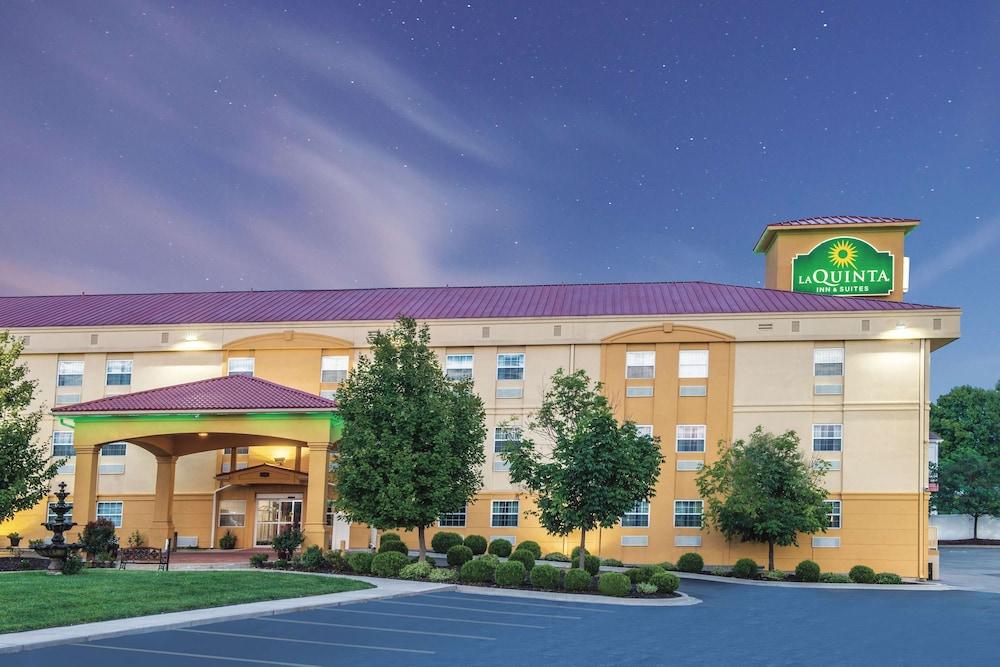 La Quinta Inn & Suites by Wyndham Blue Springs