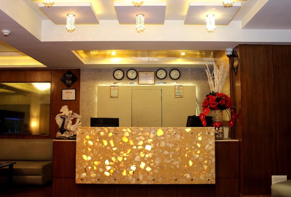 The Pearl Hotel, Kolkata
