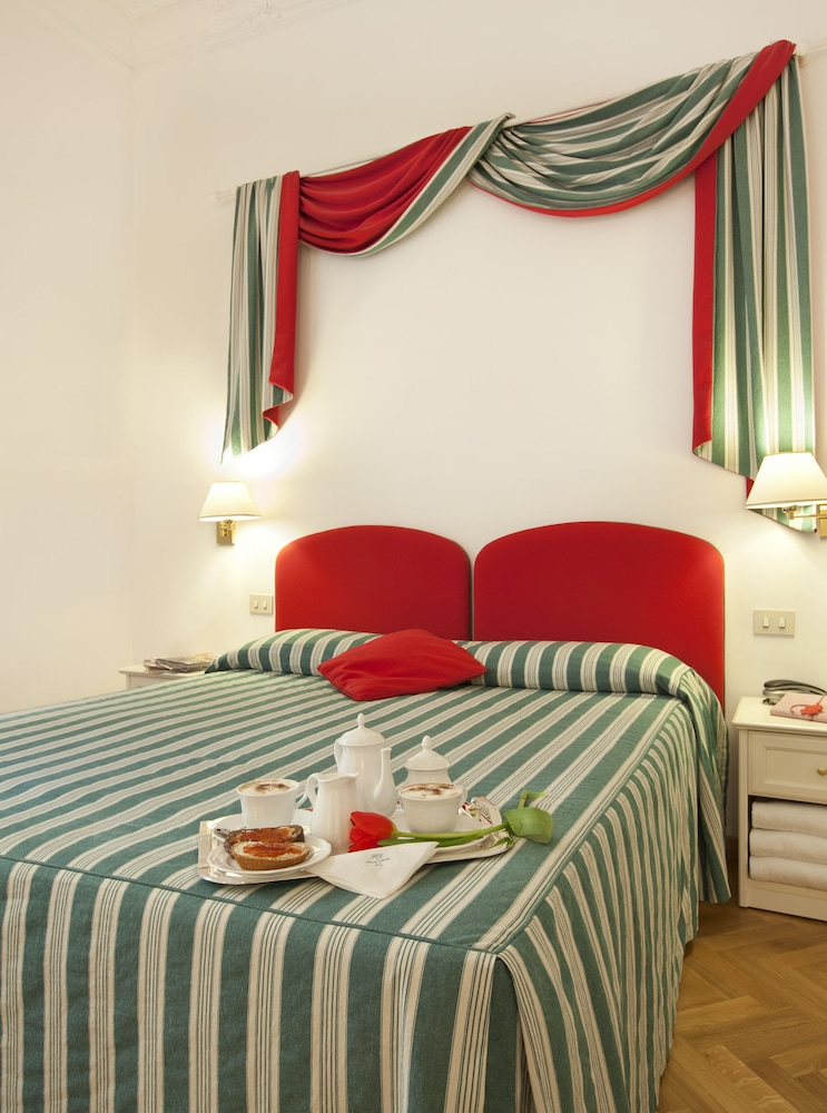 Photos Of - Hotel Italia