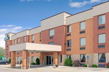 Days Inn by Wyndham Downtown St. Louis in St. Louis, Missouri