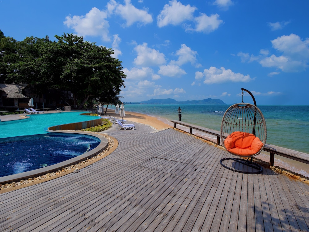Sunset Park Resort And Spa Pattaya Price Address Reviews
