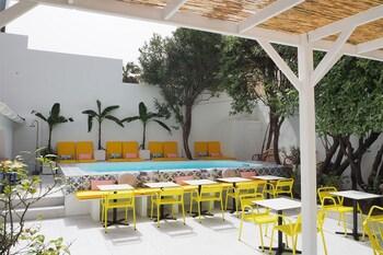 tarifs reservation hotels Hotel Mademoiselle