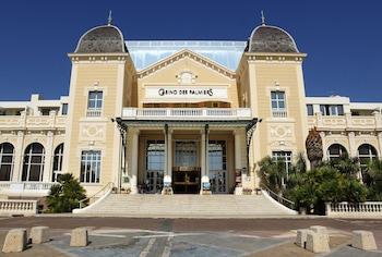 tarifs reservation hotels Casino Hotel des Palmiers