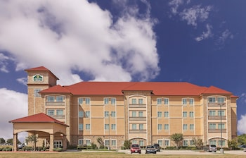 La Quinta Inn & Suites Allen at The Village