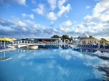 賽里塔海灘全包式飯店