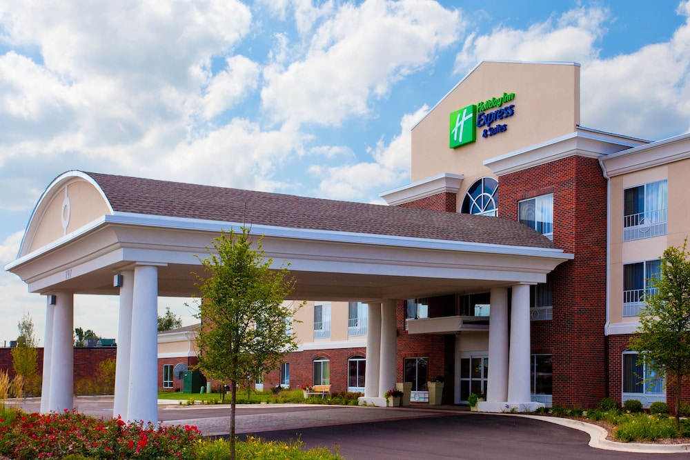 Holiday Inn Express Hotel & Suites, a Lake Zurich-Barrington