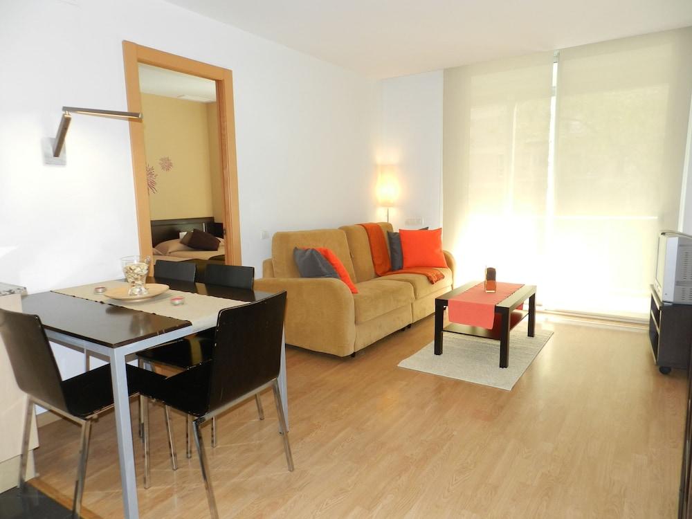 Apartamentos Travesera Parc Güell