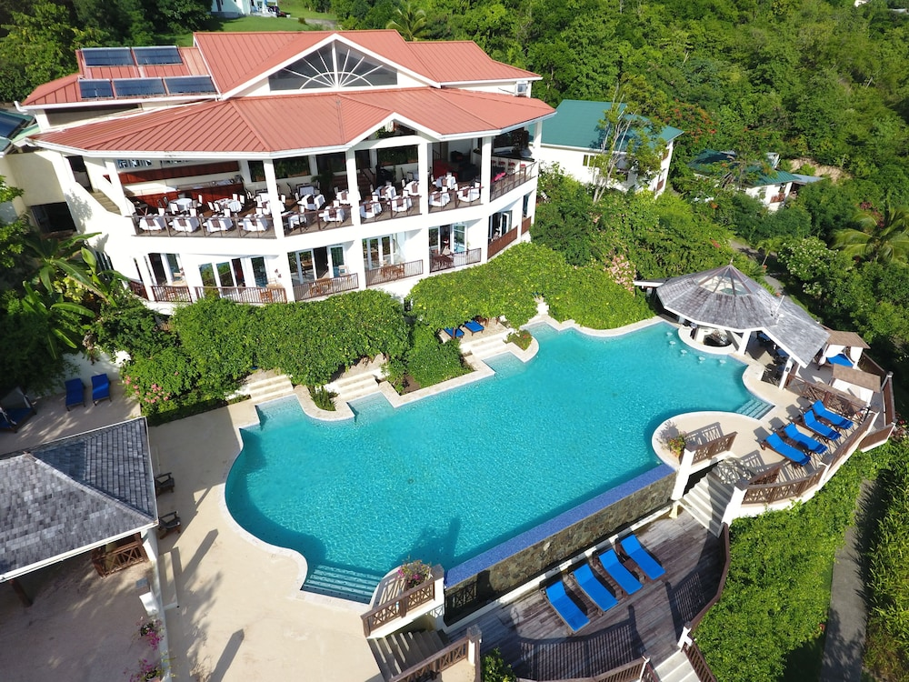 Calabash Cove Resort And Spa - Adults Only