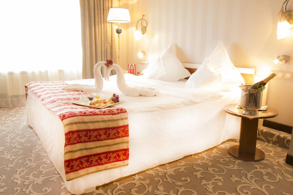 Prahova Plaza Hotel