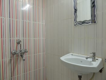 Hotel Galaxy Avenue - Bathroom  - #0