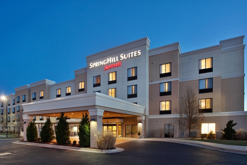 SpringHill Suites by Marriott Wichita East at Plazzio