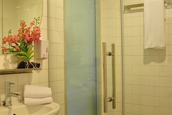The Bedrooms Boutique Hotel - Bathroom  - #0