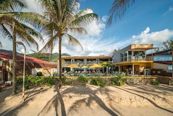 Kamala Beachfront Apartment (419910) photo