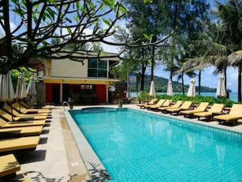 Kamala Beachfront Apartment (Thailand 419910 undefined) photo