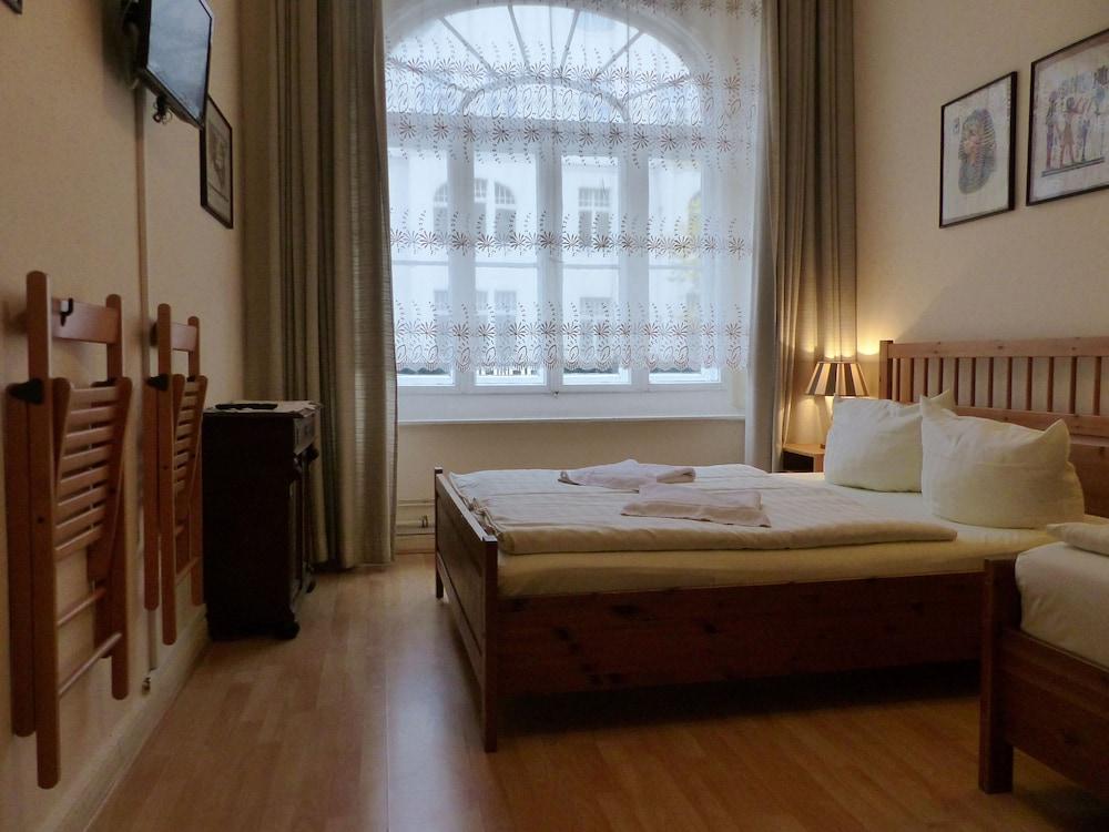 Hotel-Pension Waizenegger
