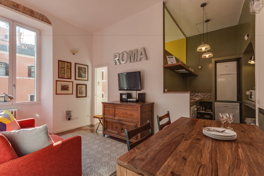 Rome Accommodation - Monti