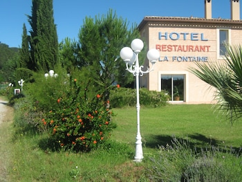 tarifs reservation hotels Hotel La Fontaine