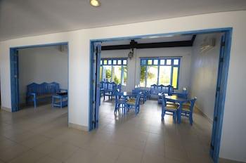 Microtel by Wyndham Puerto Princesa Dining