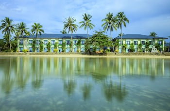 Microtel by Wyndham Puerto Princesa Featured Image