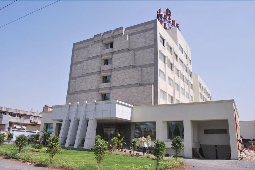 Lords Plaza, Ankaleshwar