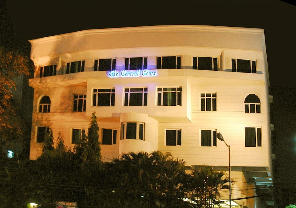 The Central Court Hotel