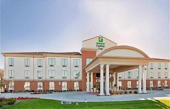 Holiday Inn Express Hotel and Suites St. Charles in St. Louis, Missouri