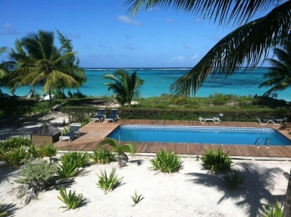 Caicos Beach Condominiums