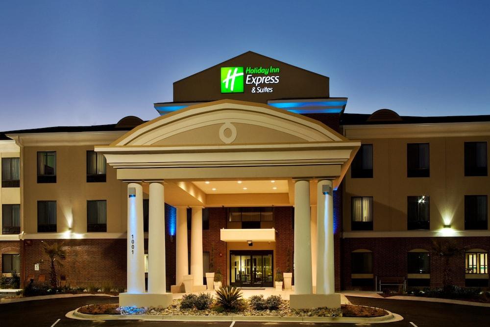 Holiday Inn Express Picayune-Stennis Space Center