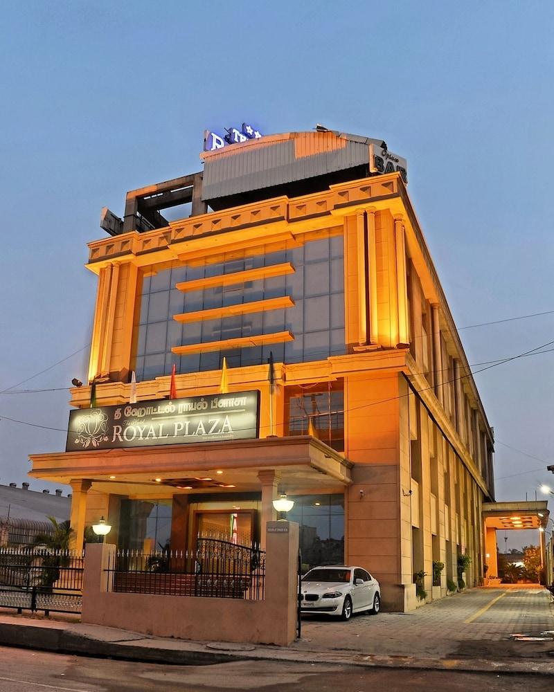 The Hotel Royal Plaza