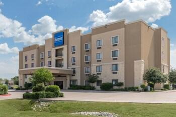 Rodeway Inn & Suites in Hillsboro, Texas