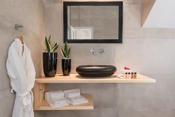 Mediterranean Beach - Bathroom  - #0