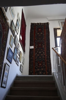 Yildirim Guest House - Staircase  - #0
