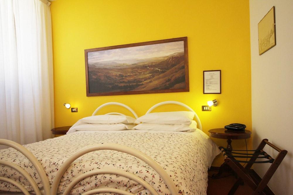 Hotel Pallotta Assisi, Assisi Hotel 𝐏𝐡𝐨𝐭𝐨𝐬 ...