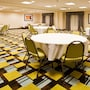 Holiday Inn Express Hotel & Suites Largo-Clearwater photo 32/41