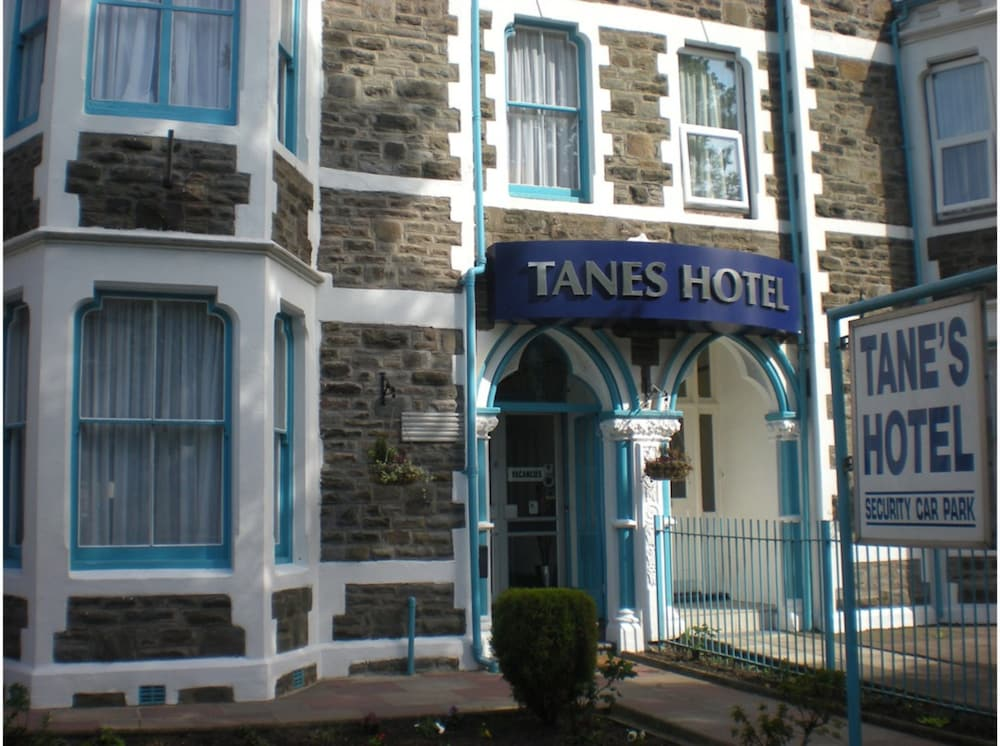 Tanes Hotel