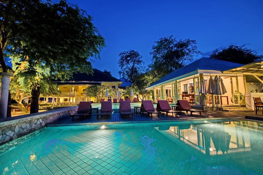 Baan Bayan Beach Hotel