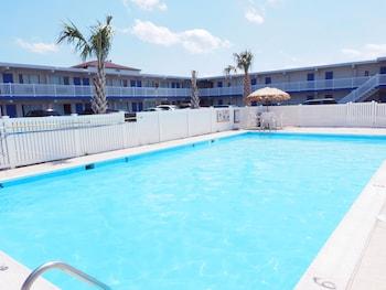 海濱旅館套房飯店