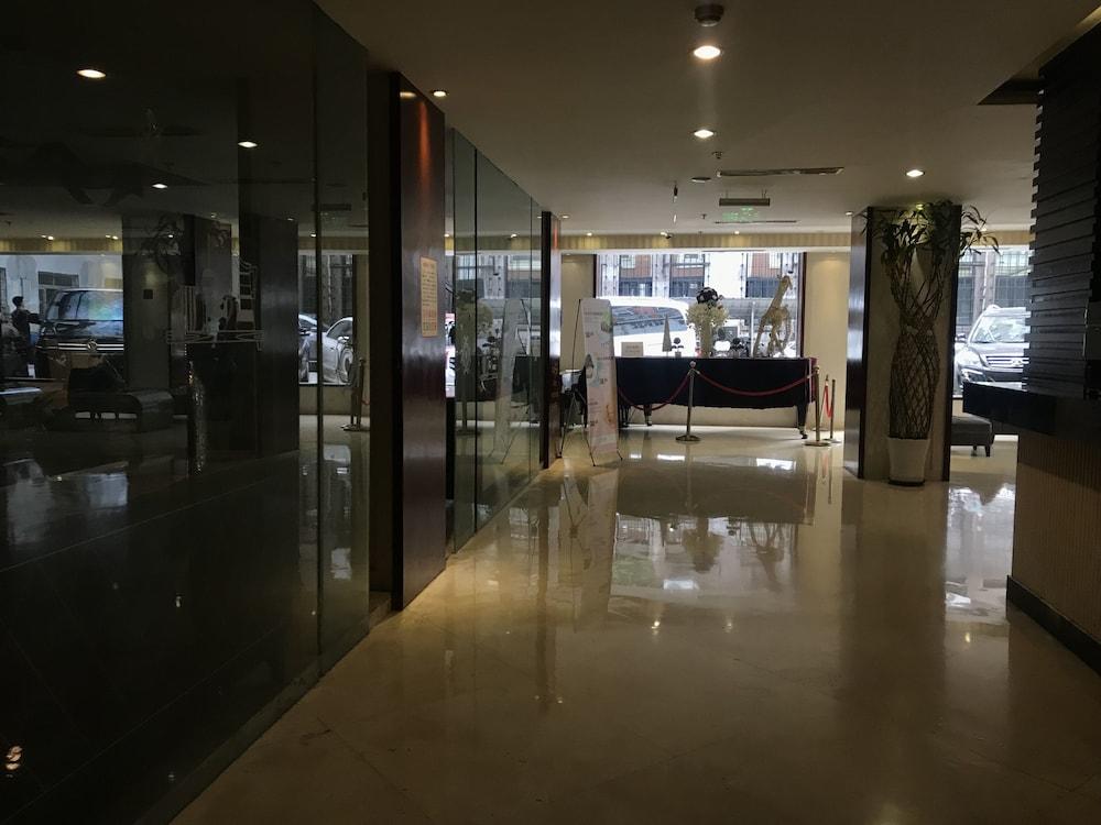 Shanghai Baron Business Hotel