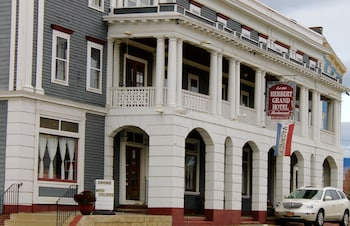 Herbert Grand Hotel in Kingfield, Maine