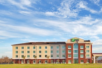 Holiday Inn Express & Suites Newberry in Newberry, South Carolina