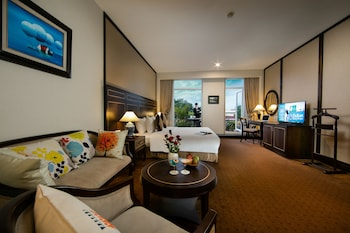 Discount hotels in hanoi with latestays zephyr suites boutique hotel mightylinksfo