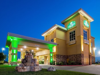 La Quinta Inn & Suites Ft Worth - Forest Hill