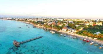 Photo for El Taj Oceanfront & Beachside Condo Hotel in Playa del Carmen