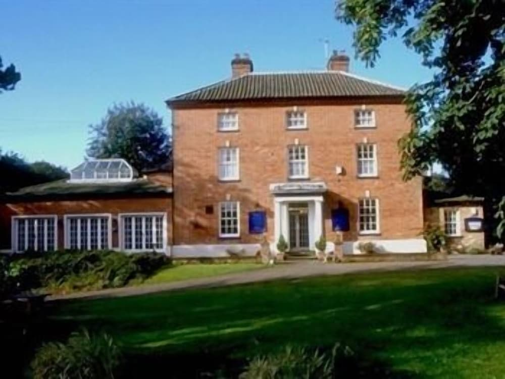 Lydney House - Guest house