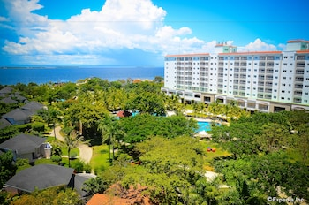 Jpark Island Resort & Waterpark Cebu Property Grounds