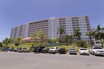 Jpark Island Resort & Waterpark Cebu Parking