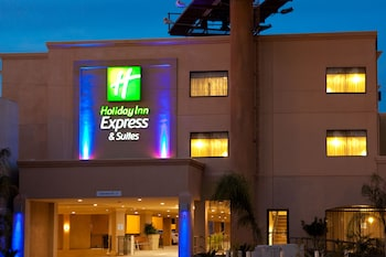 Holiday Inn Express Hotel & Suites Woodland Hills in Los Angeles, California