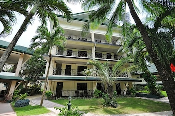 PARADISE GARDEN RESORT HOTEL & CONVENTION CENTER