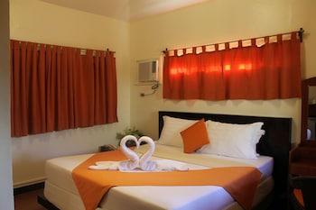 Paradise Garden Resort Hotel & Convention Center Boracay Guestroom